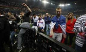 Europos lyga: sirgalių riaušės Lione
