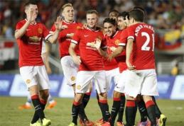"""L.van Gaalas su trenksmu debiutavo """"Man Utd"""" trenerio poste (VIDEO)"""