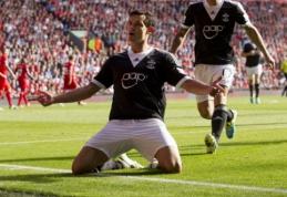 """""""Southampton"""" klubas atmetė """"Liverpool"""" pasiūlymą už gynėją D.Lovreną"""