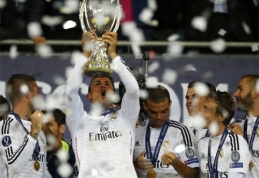 M.Platini norėjo C.Ronaldo apdovanoti antru medaliu (VIDEO)