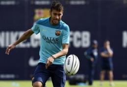 "Neymaras ir L.Messi prisijungė prie ""Barcelona"" treniruočių"