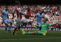 """Permainingose rungtynėse """"Arsenal"""" ir """"Man City"""" futbolininkai sužaidė lygiosiomis (VIDEO)"""