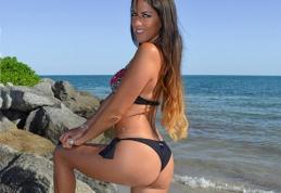 POP: Susipažinkite - seksualioji futbolo teisėja C.Romani (FOTO)