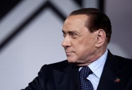 """S.Berlusconi neketina parduoti finansinių problemų krečiamo """"Milan"""""""