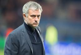 """J.Mourinho susitarė dėl naujos sutarties su """"Chelsea"""" klubu"""