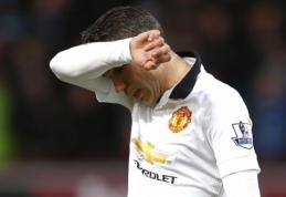 """""""Manchester United"""" yra pasirengęs parduoti R.van Persie"""
