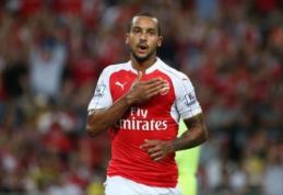 """T. Walcottas sutarties su """"Arsenal"""" pratęsti neskubės"""