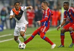 """Oficialu: """"Bayern"""" įsigijo D. Costą"""