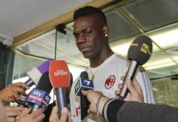 """Oficialu: Anglijoje užmirštas M.Balotelli grįžta į """"Milan"""""""