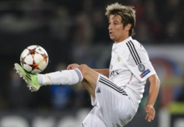 Rugpjūčio 24 d. transferai ir gandai: PSG susidomėjo F. Coentrao, bet gali atsisveikinti su E. Cavani