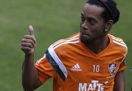 Ronaldinho vėl tapo laisvuoju agentu