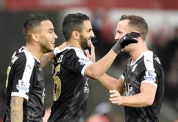 """R. Mahrezas """"Leicester"""" sugrąžino į lyderio poziciją, o """"Chelsea"""" patyrė aštuntąjį pralaimėjimą (VIDEO)"""