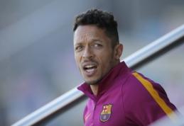 """Adriano dar sezonui pratęsė sutartį su """"Barcelona"""""""