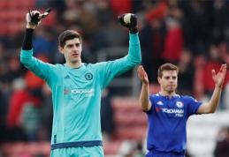 """PSG nusitaikė į nuskriaustos """"Chelsea"""" lyderius"""