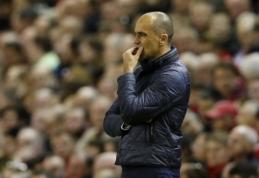 "R. Martinezo ateitis ""Everton"" klube pakibo ant plauko"