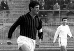 Futbolo pasaulis neteko ir C. Maldini
