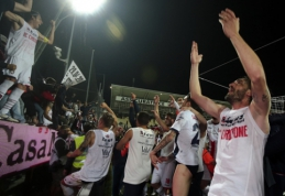 """""""Livorno"""" ultroms pasibaigė kantrybė: """"padovanojo"""" tris kryžius ir kiaulės galvą"""