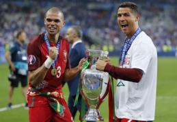 Pepe troško pergalę iškovoti dėl C. Ronaldo, šis triumfą finale dedikavo imigrantams