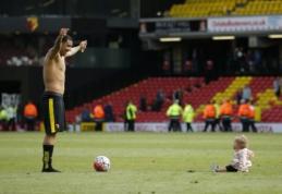 "Oficialu: T. Deeney dar penkerius metus žais ""Watford"""