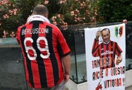 """S.Berlusconi traukiasi - """"Milan"""" parduotas Kinijos investuotojams"""