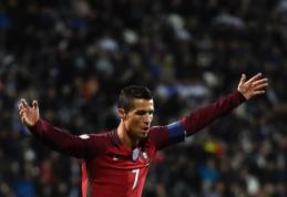 """R. Carlosas: Ronaldo jau užsitikrino """"Ballon d'Or"""""""