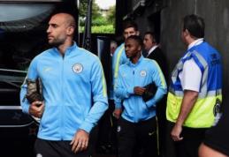 """P. Guardiola neleidžia """"Man City"""" žaidėjams naudotis internetu"""