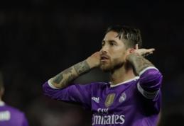 """S. Ramosas: jaučiu pagarbą """"Sevilla"""" klubui, bet kai kurių sirgalių elgesys yra nepateisinamas"""