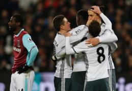 """Dešimtyje žaidęs """"West Ham"""" neatsilaikė prieš """"Man Utd"""" puolimą (VIDEO)"""