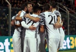 """Serie A: """"Juventus"""" laimėjo svečiuose, """"Milan"""" devyniese įveikė """"Bologna"""" (VIDEO)"""