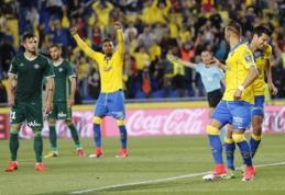 """""""Valencia"""" ir """"Eibar"""" šventė pergales išvykoje, """"Las Palmas"""" sutriuškino """"Real Betis (VIDEO)"""