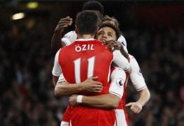 """Pergalę iškovojęs """"Arsenal"""" išlaiko intrigą dėl patekimo į didįjį ketvertą, """"Man City"""" nugalėjo """"West Brom"""" (VIDEO)"""