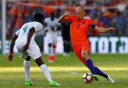 Nyderlandai ir armėnai vienodais rezultatais sutriuškino varžovus (VIDEO)