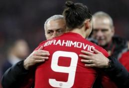 """J. Mourinho: Ibra gali likti """"Man United"""""""