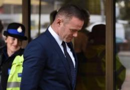 W. Rooney ilgam laikui neteko vairuotojo pažymėjimo ir turės atlikti viešuosius darbus