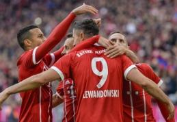 Vokietijoje - A. Robbeno ir R. Lewandowskio dubliai (VIDEO)
