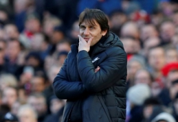 """R. Gullitas: Conte gali išsaugoti savo darbą, jeigu įveiks """"Barcą"""""""