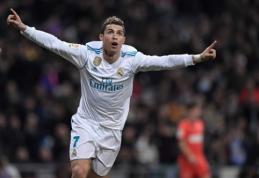 """C. Ronaldo pasižymėjo pirmuoju hat-tricku, o """"Real"""" sutriuškino baskus (VIDEO)"""