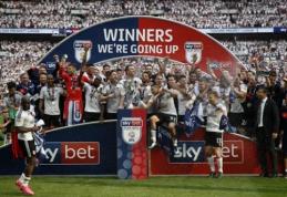 """""""Fulham"""" įveikė """"Aston Vila"""" ir grįžta į """"Premier"""" lygą (VIDEO)"""