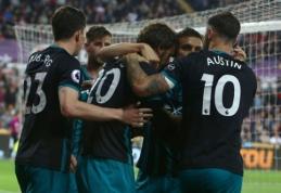 """Kovoje dėl išlikimo - """"Swansea"""" prie iškritimo priartinusi """"Southampton"""" pergalė (VIDEO)"""