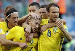 Klampiose rungtynėse šveicarus palaužusi Švedija keliauja į ketvirtfinalį (VIDEO)