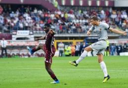 """Nuostabus E. Džeko įvartis rungtynių pabaigoje padovanojo """"Romai"""" pergalę (VIDEO)"""