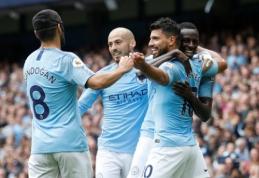 """""""Man City"""" su S. Aguero priešakyje subombardavo """"Huddersfield"""" vartus (VIDEO)"""