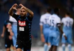 """Įvarčio deficitą panaikinusi """"Napoli"""" sezoną pradėjo sudėtinga pergale prieš """"Lazio"""" (VIDEO)"""