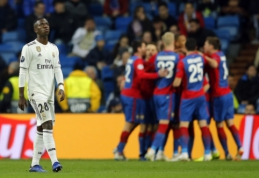 """G grupės lyderių fiasko: CSKA sutriuškino nepatyrusią """"Real"""" ekipą, o """"Roma"""" gavo antausį nuo čekų"""