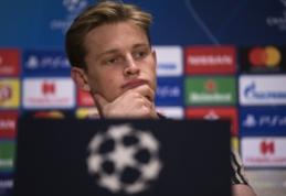 """Tėviškas patarimas: F. de Jongas yra raginamas pasirinkti """"Barceloną"""""""
