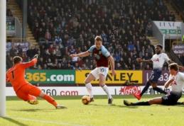 """H. Kane'o sugrįžimas pažymėtas """"Tottenham"""" nesėkme Bernlyje, """"Leicester"""" vėl pralaimėjo"""