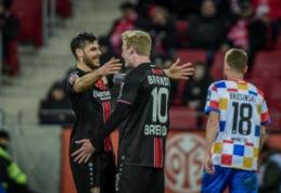 """""""Bundesliga"""": """"Bayer"""" nepaliko vilčių """"Mainz"""" ekipai"""