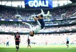 """L. Moura """"hat-trickas"""" nulėmė lengvą """"Spurs"""" pergalę, """"Fulham"""" patiesė """"Everton"""""""