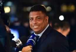 """Ronaldo sukritikavo """"Barcelona"""" sirgalius"""