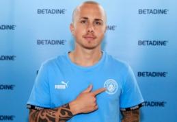 """Oficialu: """"Man City"""" susigrąžino gynėją Angelino"""